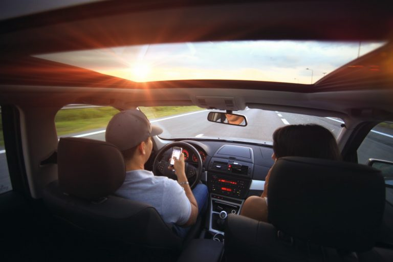 Gana dinero extra en viajes por carretera con Roadie
