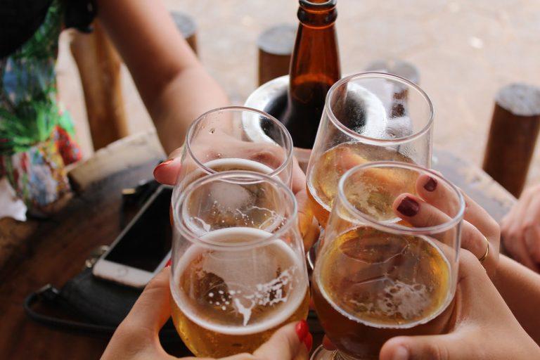 Minibar: El servicio gratuito de entrega de alcohol bajo demanda
