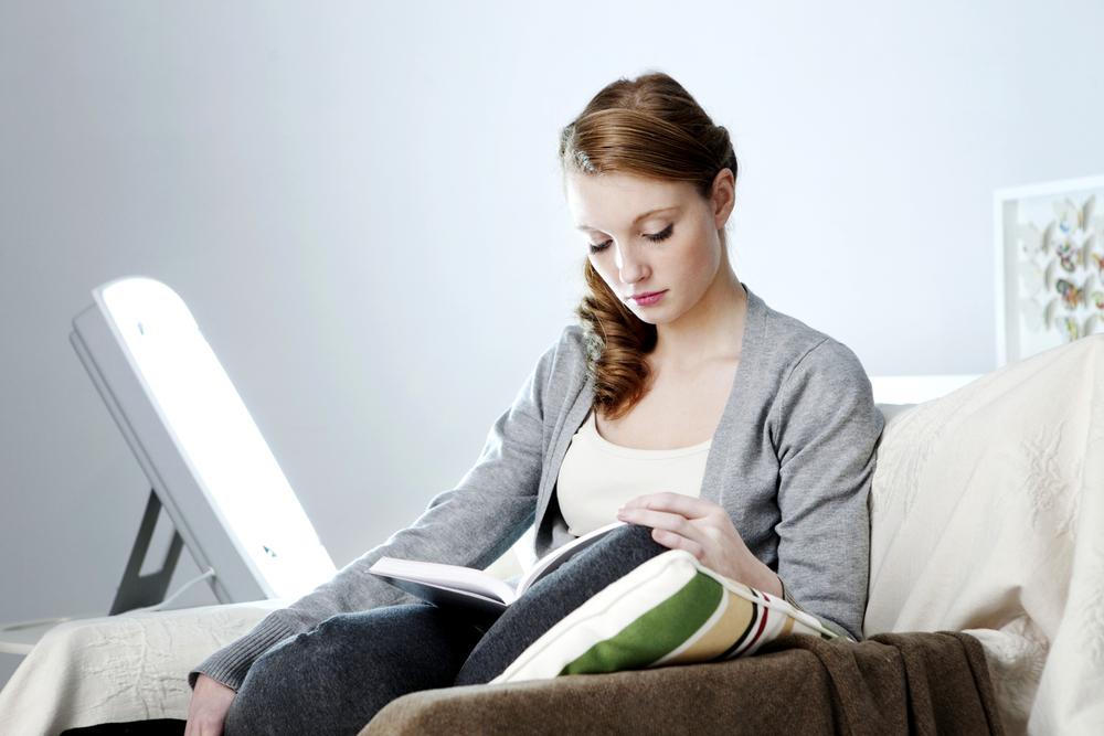 Usar una lámpara de terapia de luz