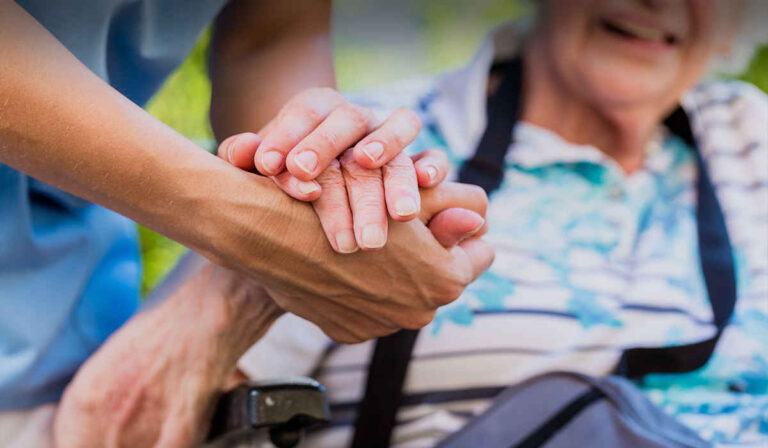 Cómo encontrar su primer trabajo en Care.com: una guía paso a paso