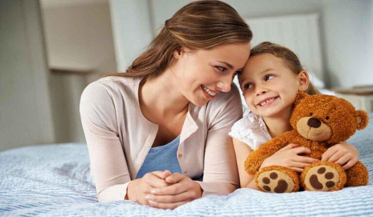 Los 8 mejores sitios web y aplicaciones para trabajar como niñeras