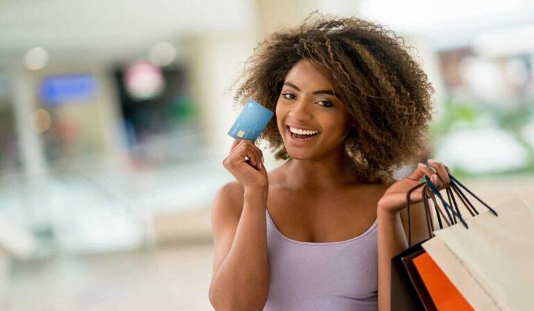 Lo que necesita saber sobre los créditos de estados de cuenta antes de elegir una tarjeta de crédito