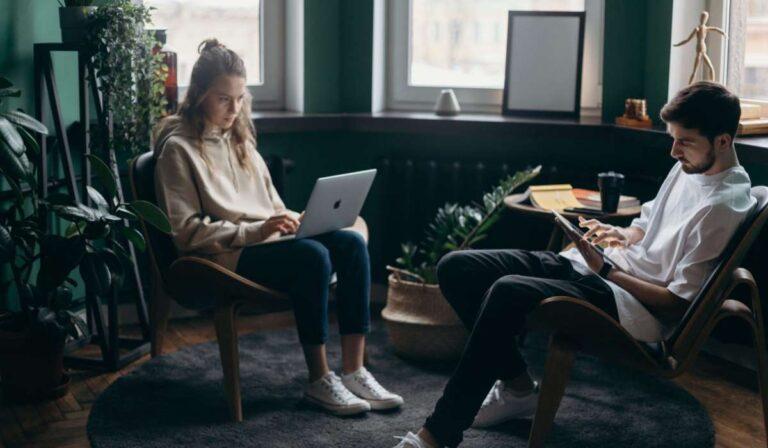 Como vender productos digitales en línea (+25 ideas rentables)